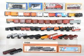 Assorted Ho Trains, Some Boxed
