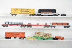 Clean Lionel Freight Cars