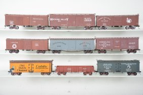 8 2-rail O Scale Freight Cars