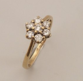 9ct Gold Seven Stone Round Brilliant Diamond Set Da