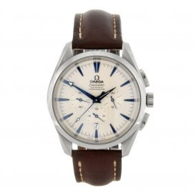 (84375) A Stainless Steel Automatic Gentleman's Ome
