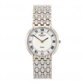 (1102011371) An 18ct White Gold Quartz Gentleman's