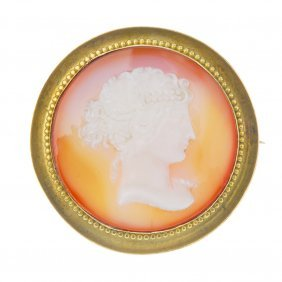 A Late 19th Century Hardstone Cameo Brooch.