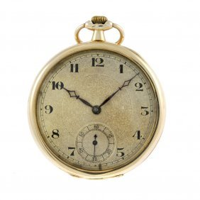 An Open Face Pocket Watch. 9ct Yellow Gold Case With