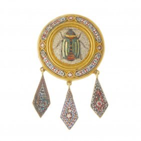 A Late 19th Century Gold Micro Mosaic Brooch. Depicting
