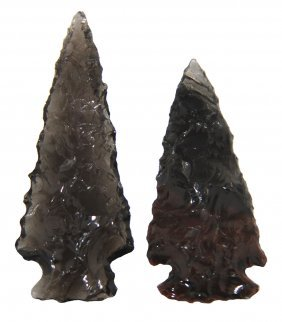 "2 Obsidian Elko Points Larger Is 2"". Smaller Is"