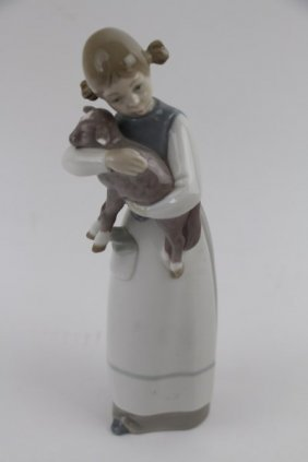 Lladro Figurine - Girl With Lamb