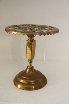 Round Victorian Brass Raised Trivet
