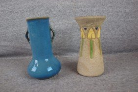 Roseville Lot Of 2 Vases, Nicks To Blue