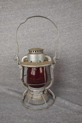 Dietz Vesta Railroad Lantern With Red Globe Both E