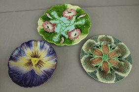 Majolica Lot Of 3 Plates - Etruscan Shell And Seawe