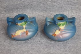 Roseville Snowberry Pair Of Candle Holders, Blue