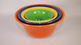 Hall Radiant Ware 4 Piece Mixing Bowl Set In Fiesta