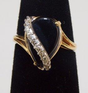 14k Yellow Gold Pear Shape Black Onyx & Diamond Ring