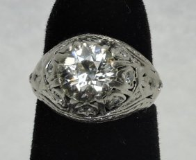 Platinum Lady's Vintage Diamond Fashion Ring