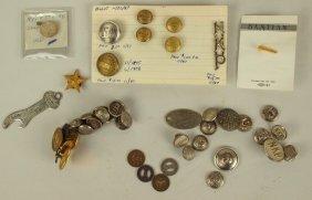Lot Of Railroad Uniform Buttons: Nickel Plate, Le & W
