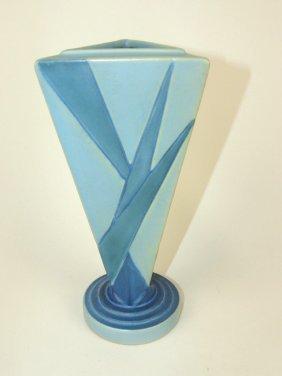 """Roseville Futura Tri-corner Vase, 9"""""""