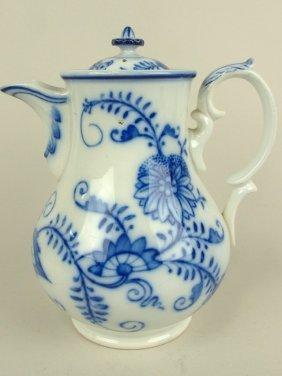 """Flow Blue Villeroy & Bach Dresden Coffee Pot, 9"""""""