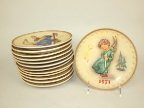 Hummel Lot Of 13 Annual Plates: 1971-83