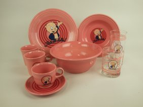 """Fiesta Post 86 Looney Tunes """"porky Pig"""" Lot Of 8 Pieces"""