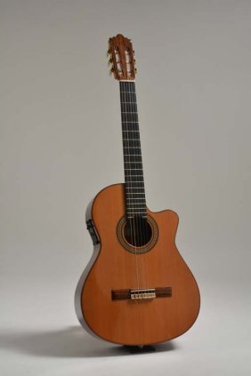 2001 Jose Ramirez 2n Cwe, George Benson Collection