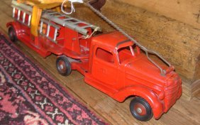 Buddy-L International Aerial Ladder Fire Tractor Tra