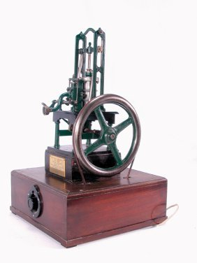 FINE MODEL OF AN 1837 ENGLISH STEAM TABLE ENGINE