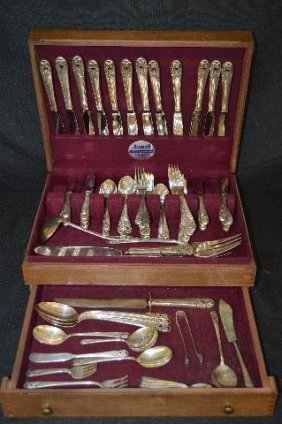 93 Pieces International Sterling Silver Flatware In