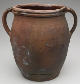 MID-ATLANTIC SINGLE-GLAZED EARTHENWARE JAR, Appro