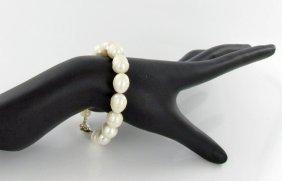 White Baroque Saltwater Pearl Bracelet & Earrings