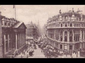 Angleterre : Londres. Environ 520 Cartes Postales.