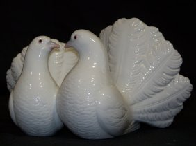 Vintage Lladro Figure Of A Pair Of Doves # 1169