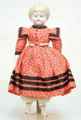 China Head Doll, Painted Eyes And Closed Mouth, Mol