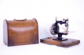 Children's Antique Toy Sewing Machine