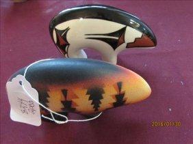 2 Pc - Indian Pottery Horizon Bear And Tugdagiio Glass