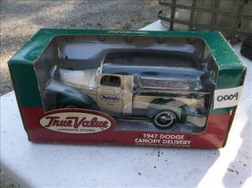 Ertle True Value 1947 Dodge Canopy Delivery Truck Bank
