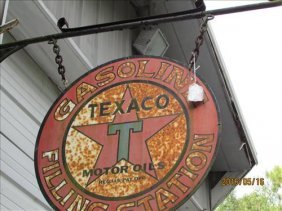 Texaco Filling Station Sign 25 1/2 Dia Hanging On Barn