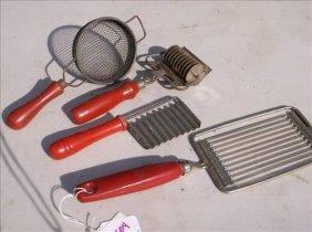 4 Pcs. Misc. Kitchen Ware-cutters & Strainer