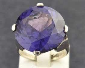 Ladies Synthetic  Alexandrite Ring