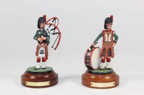 Hussar Military Miniatures Piper Drummer