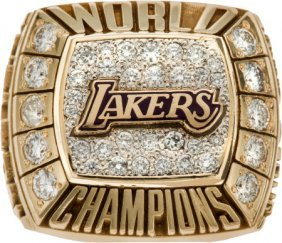 2000 Los Angeles Lakers Nba Championship Ring. A