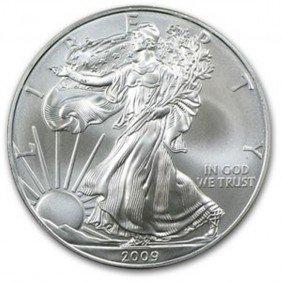 A 1 Oz. Random Date UNC US Silver Eagle