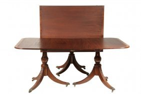 Dining Table - Three-pedestal Mahogany Duncan Phyfe