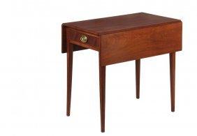 Fine Small Pembroke Table - Boston, Third Quarter Of
