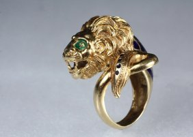 Lady's Ring - 18k Yellow Gold And Enamel Lion Form