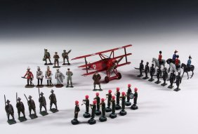 19th - 20th C. Toy Soldiers In (5) Trays - American