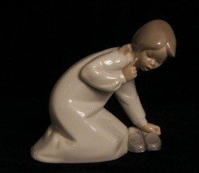 """Retired Lladro """"Girl W/Slippers"""" #4523 ED647"""