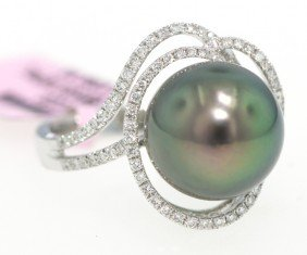 18KT White Gold Pearl And Diamond Ring FJM859