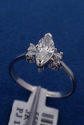 14KT White Gold Ladies .59ctw Diamond Ring J60