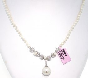 14KT White Gold Pearl And Diamond Necklace FJM1081